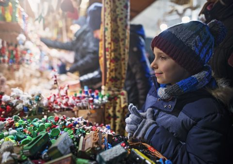 La magia de los mercadillos navideños